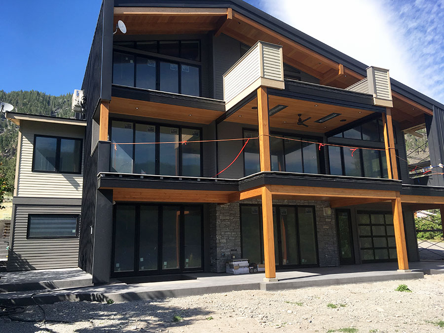 Mettler Construction company in Merritt BC - almost completed Harmon Estates project one