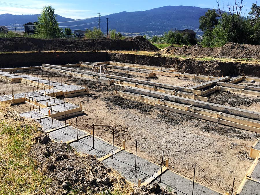 Mettler Construction - footings poured for Burgess Ave custom home project in Merritt