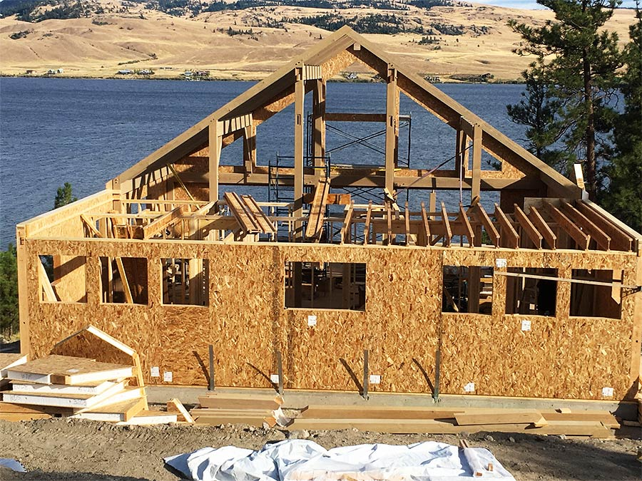 Mettler Construction Nicola Lakeshore project taking shape - new home construction in Merritt