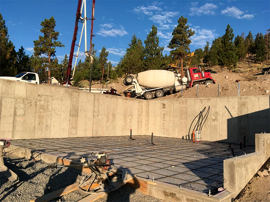 Cement delivery to Nicola Lakeshore project by Mettler Construction in Merritt BC